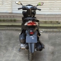 Gaten juridiske gass Scooter Moped 125cc svart